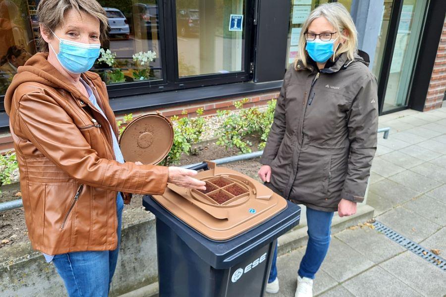 Gegen Gestank und Maden: Korrekte Mülltrennung und Bio-Filterdeckel